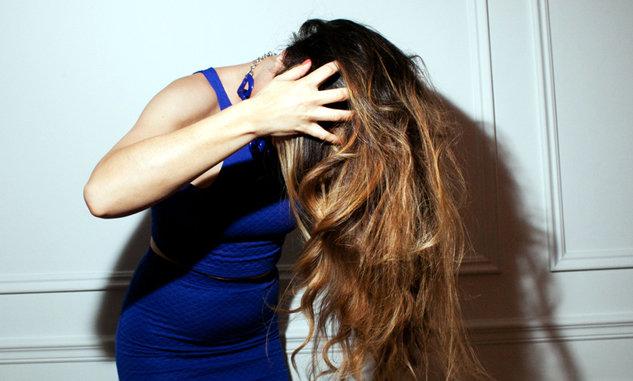 flip your hair flirt These tricks will leave everyone wondering what you did to your hair to make it look so amazing flip the bobby pin over so that the wavy side is against your head.