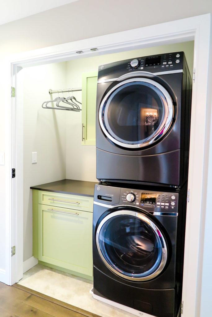 Vertical Laundry Room Is The Ultimate Space Saver For Your