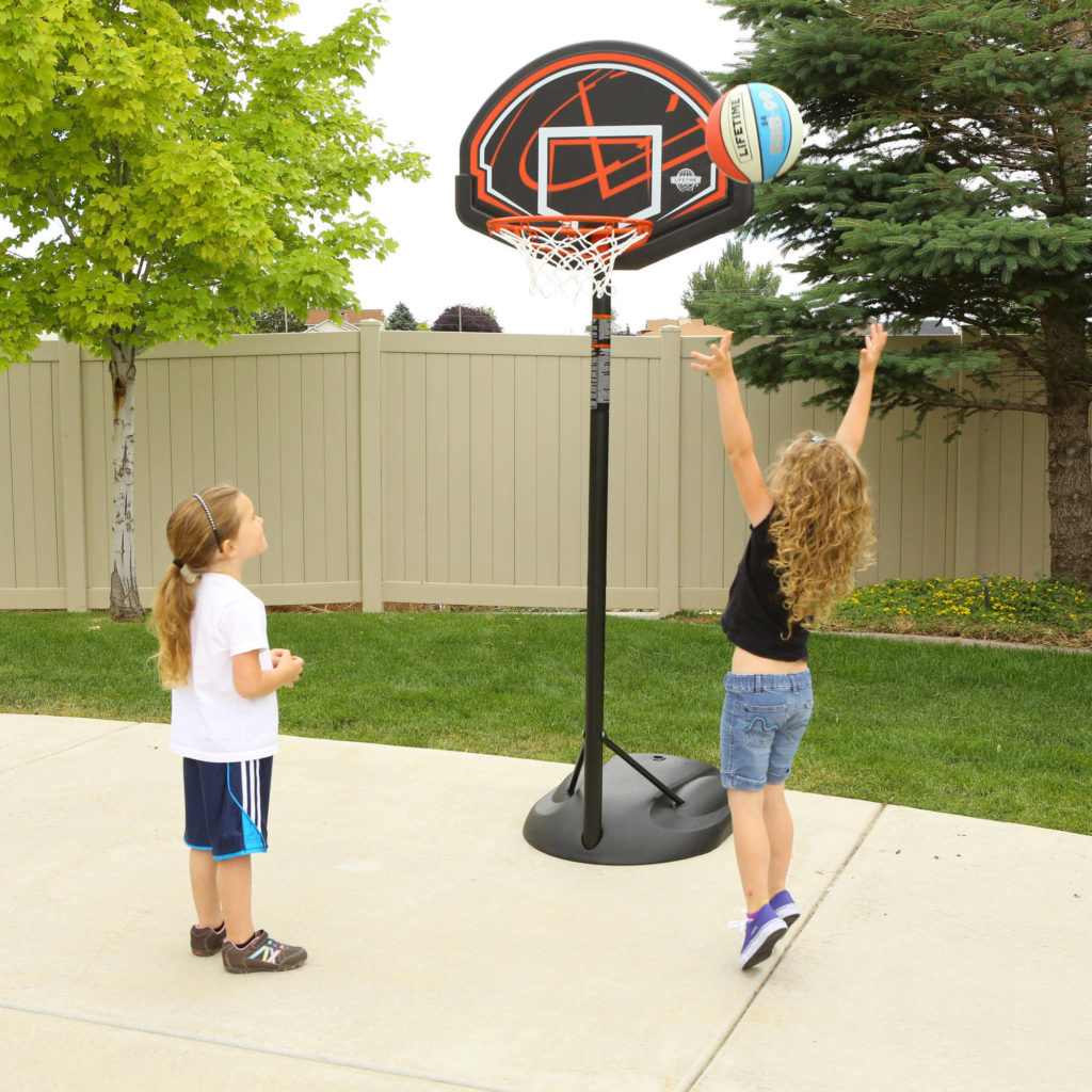 Outdoor playground ideas for children virily for Basketball hoop inside garage