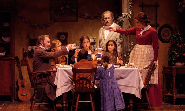 the cratchit family and how they A christmas carol  cratchit family cannot afford to  ask the students what they know about the charles dickens and the story of 'a christmas carol' (they may.