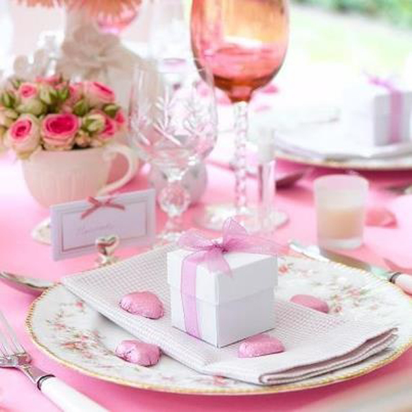 Table decoration ideas for the evening of love - St Valentine\'s day ...